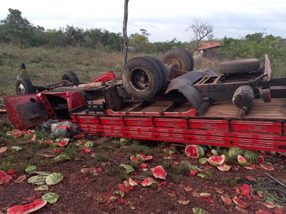 Domingo carregado: três acidentes nas proximidade de Barras